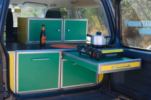Condor 4x4 Popup Back of camper - Cooker on pull out table